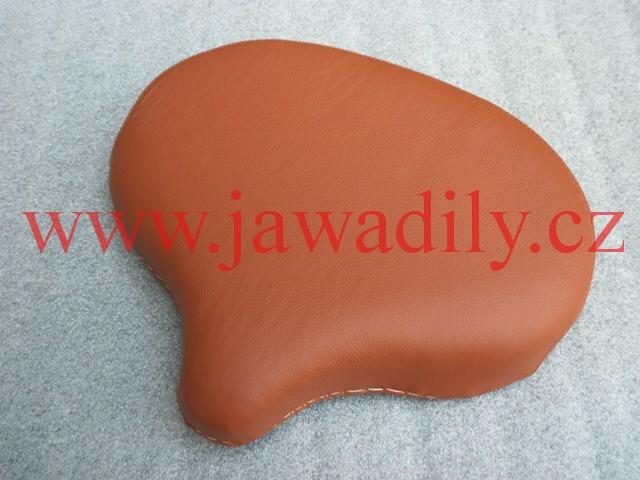 Sedlo přední - (sv. hnědý) - Jawa Pérák, ČZ 125,150 C